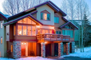 Lodging partners steamboat ski snowboard rentals for Cabin rentals near steamboat springs