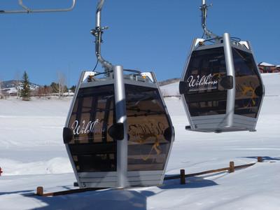 Steamboat-Springs-Wildhorse-Gondola-Ski-Snowboard-Rentals